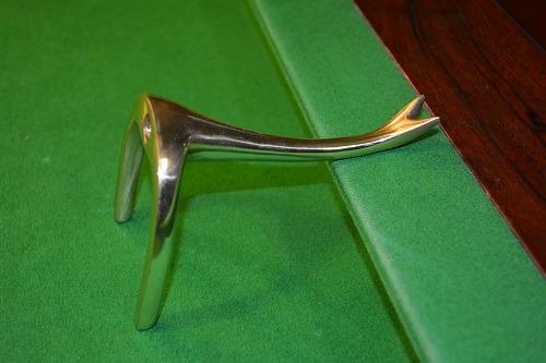 Brass Swan Neck Rest Head 1