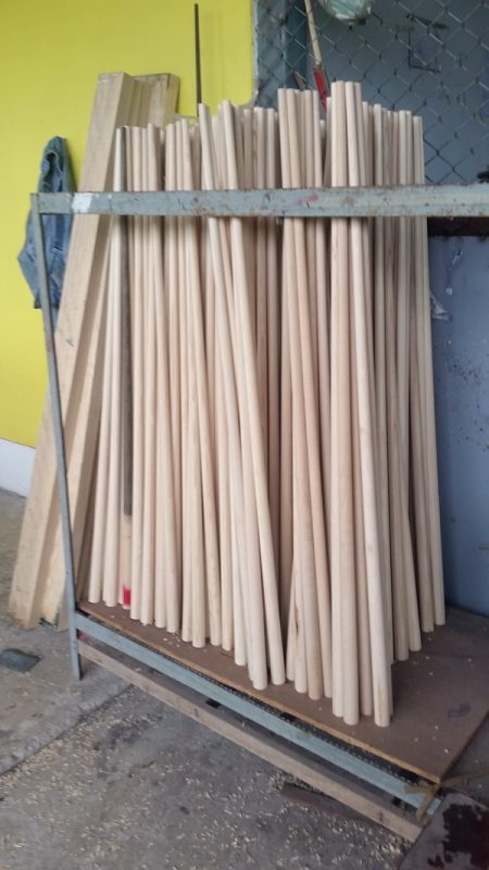 <hr style=&quot;height: 5px; border: none; color: #23282d; background-color: #23282d;&quot;> <p>&nbsp;  &nbsp; &nbsp;<br /> The first part of the shaft making process is to get the ash boards into a workable cue blank (or dowel) ready for splicing.</p> <p>This is completed by first cutting 2&#8243;></p> <p>Two lengths are generally used as standard as you may require an ash dowel for either a 3/4 cue shaft or a 1 piece shaft.<br /> </div></div> </div> <hr style=