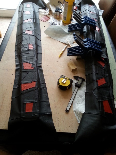 Snooker Crazy - Making a Leather Snooker Case 3