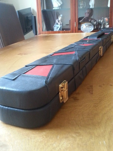 Snooker Crazy - Making a Leather Snooker Case32