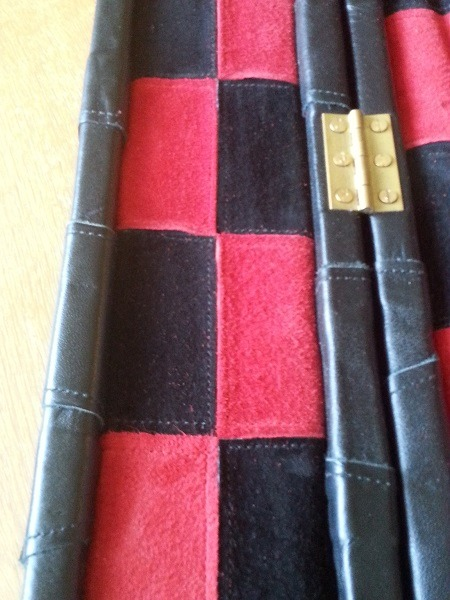 Snooker Crazy - Making a Leather Snooker Case 33