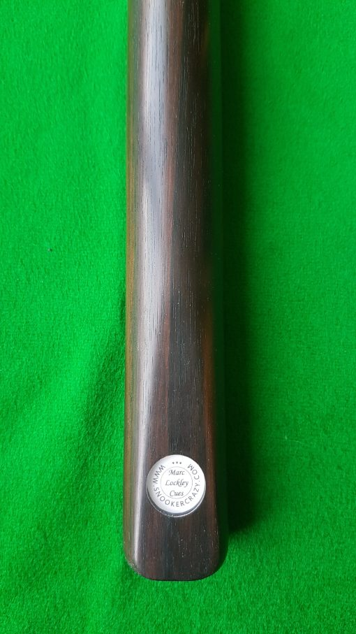 https://www.snookercrazy.com/wp-content/uploads/2019/01/58-1-piece-Full-Macassar-Snooker-Cue-CBA6-1-e1547651624580.jpg