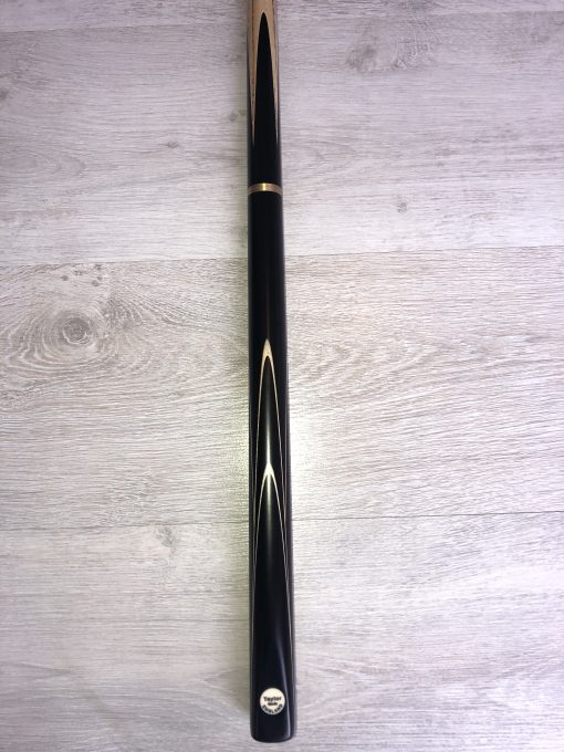 Taylor Made TM4 Snooker Cue 2