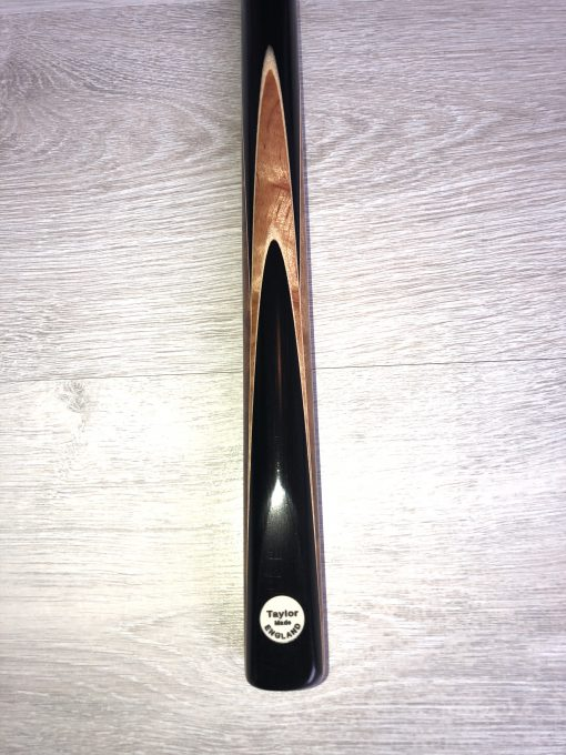 Taylor Made TM8 Snooker Cue 2